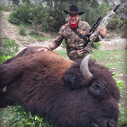 Jim Shockey and Bison Killed With Pioneer Airbow