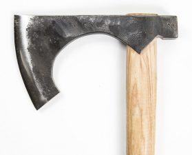 Viking Axe vs. Indian Tomahawk - Viking Bearded Axe